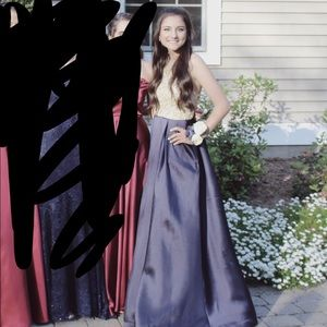Prom dress/ gown